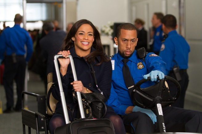 vibe-vixen-paula-patton-and-affion-crockett-in-baggage-claim